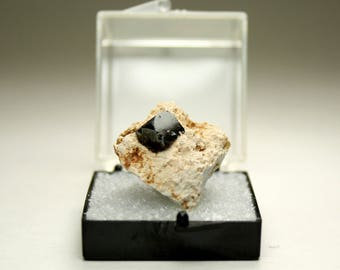 Stunning Bixbyite and Topaz Crystal Cluster, Thumbnail