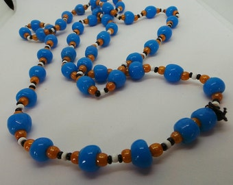 Vintage necklace - flapper bead / hippy beads