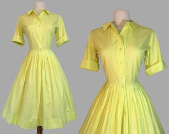 1950s chartreuse casual shirtwaist cotton day dress /swing dress / spring summer / rockabilly
