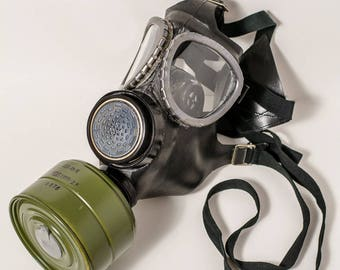 Vintage Gas Mask, Vintage  Mask with filter and bag, Military gas mask, Industrial gas mask, Army gas mask, Civilian gas mask