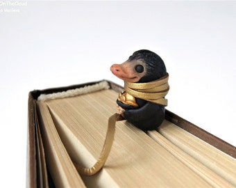 FREE SHIPPING Christmas in July Niffler bookmark Fantastic Beasts Miniature Where to Find Them Magical Creatures Sculpture Harry Potter