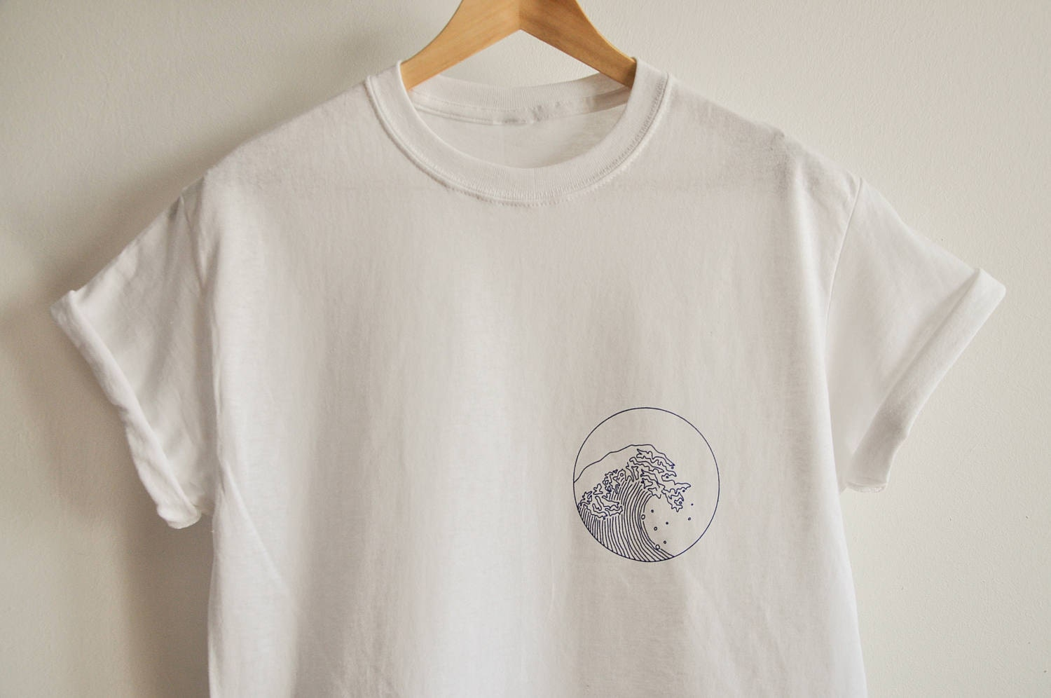 Design your own t-shirt bella - Giant Wave T Shirt
