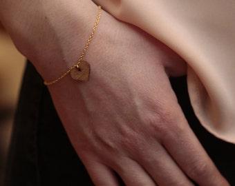 Bracelet gold heart wood