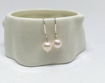 Pink pearl earrings, 925 sterling silver pearl earrings, irregular pearl earrings, pearl 925 sterling silver earrings, silver pearl earrings