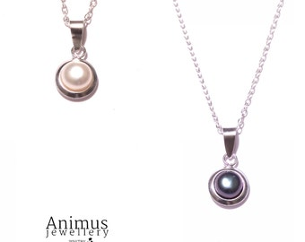 Freshwater Pearl & Sterling Silver Pendant