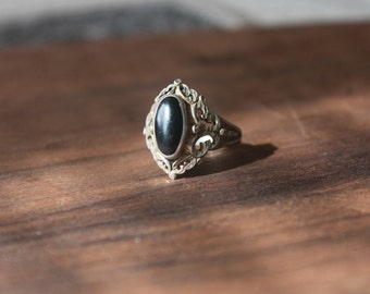 Vintage 1930s Black Onyx Sterling Silver Ring / Antique 1930s Art Deco Ring / Fine Jewelry