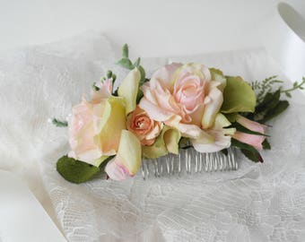 Flower comb, rose comb, pink flower comb, faerie comb, bridesmaid comb, natural flower hairpiece, realistic flower, wedding headpiece