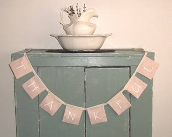 THANKFUL Banner Bunting Primitive Mantle Country Home Decor Rustic Beige Tan White Farm House Rustic Sign Farmhouse Decoration wvluckygirl