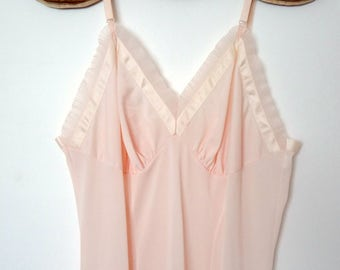 Vintage 1950s Pale Pink Slip with Accordion Pleats - Rhythm Lingerie size 34