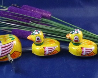 Vintage Tin Duck Family Collectors Edition Wind Up Toy, 1970s