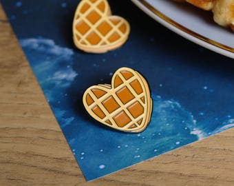 Eggo Pin - Stranger Things Pin - Eleven Badge - Waffle Heart Pin - Friendship Pin - Friends Don't lie - Food Pin - Best Friend Birthday Gift
