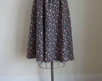 70's Cotton Skirt England Dirndl Flowered Preppy Librarian Skirt