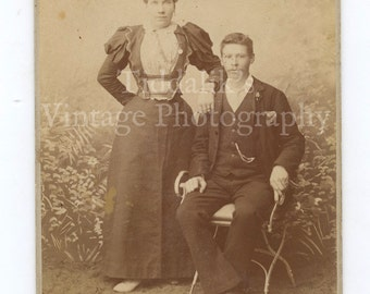 Cabinet Card Photo Victorian Couple, Woman Pretty Puffed Sleeved Dress, Smart Man Portrait - Wright & Andrew Bloemfontein South Africa