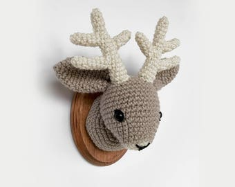 "Jackalope Faux Taxidermy, Crocheted (5""x7"")"
