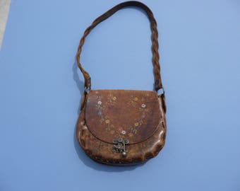 1970's Leather Hippie Purse, Pocketbook, Handbag ~ Hand Tooled Leather Tiny Flowers ~ Braided Leather Handle Strap ~  Good Condition