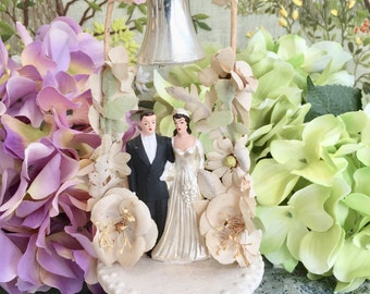 Vintage Cake Topper Wedding Cake Topper Vintage Wedding Cake Topper Bride and Groom Cake Topper Gift for Bride Wedding Cake Decorations