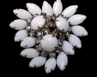 Vintage BROOCH White Juliana Rhinestone Pin Wedding PIN Milk Glass AB Large Cluster Aurora Borealis Madmen 1960s Old Jewelry Costume