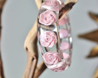 Vintage floral lucite bracelet, bangle, pink, roses, clear, smooth, gorgeous, excellent condition. Imported from UK. English, mod, 1960s
