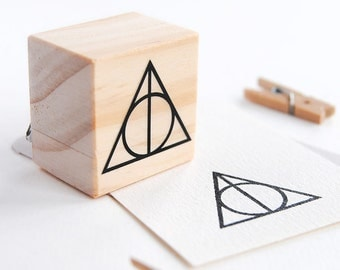 DEATHLY HALLOWS stamp, Harry Potter stamps, Deathly hallows harry potter, harry potter party decorations, harry potter birthday, geeky party