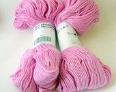 mulberry silk/merino mix soft singles yarn, light pink, 2 skeins for knitting needles 5.00 - 6.00, from German company Traub, yarn supply