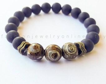 Mens bracelet Dzi Agate bracelet Onxy bracelet  Beaded gemstone bracelet Zen jewellery Gifts for him under 30