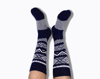 Navy Men's Crew Socks Scandinavian Pattern, PM-087N