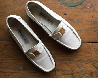 Vintage White Leather Driving Moccasins | US 6.5 | 1990's | Minimalist Fashion