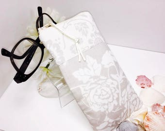 For the Bride Zipper Top Eyeglasses Pouch, Soft White Glasses Case, Bridal Sunglasses Case, Fabric Glasses Case, Soft Eyeglass Case