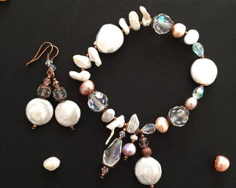 Freshwater pearl earring and bracelet set