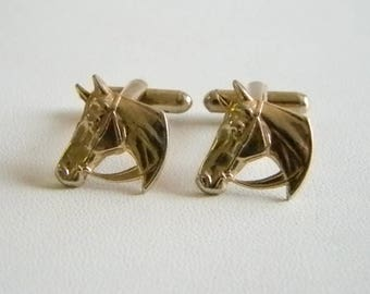 Gold Tone Finish Horse Head Cuff Links