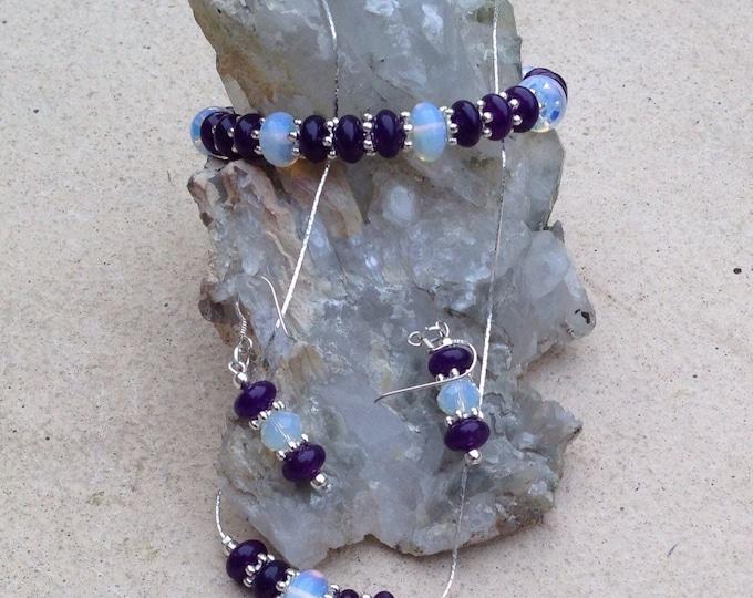 Purple agate and moonstone jewellery set, purple agate moonstone and silver necklace, agate moonstone earrings, moonstone bracelet