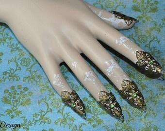 Fantasy claw (brass / green rhinestones)