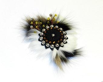Kanzashi flower brooch, black white kanzashi flower, kanzashi brooch, grosgrain ribbon flower brooch, kanzashi with fur