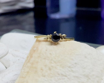 SALE!Prong Setting ring - Black Onyx Ring -Gemstone Ring - Stacking Ring - Gold Ring - Birthstone ring - Christmas gift for her