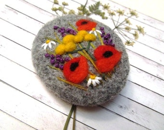 Needle felted brooch Natural jewelry Wool felt brooch Flower brooch Felted jewelry Gift ideas for her Inspired by nature brooch Felted poppy