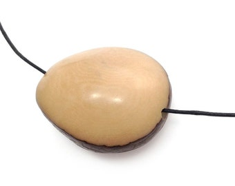 Tagua Nut, beige, two-sided 42 mm, 1 flattened,