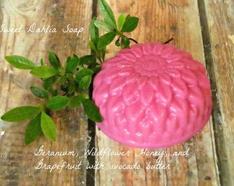 Summer Outdoors Soaps - Floral Soap - Shaped Soap - Essential Oil Soap - Guest Soap - Soap - Homemade Soap - Natural Soap Bars - Dahlia Soap