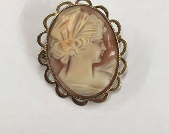 9ct Yellow Gold 1973 Cameo Brooch