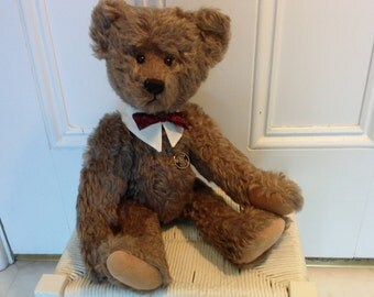 Chester a mohair bear by Christy Firmage for the Knickerbocker Bear Company