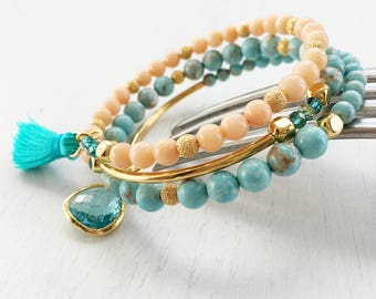 Boho Beach Bracelet, Blue and Peach Orange Beaded Bracelet, Blue Sea Memory Wire Bracelet, Bohemian Style Wire Wrap Cuff, Boho Chic