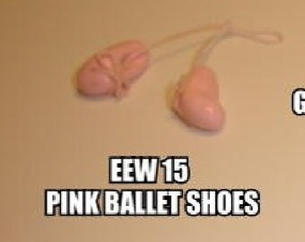 Dollhouse Miniature Ballet Shoes, Pink #EEW15