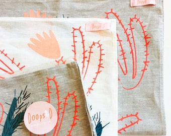 Blooming Cactus Oatmeal & Off white Linen Tea Towel