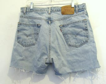 C0UPON C0DE SalE!!Grunged Vintage 90's Faded Blue CUT-OFF Jean Shorts By LEVI'S 505.35W (14)