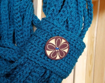 Infinity Chain Scarf, Teal with Wooden Button