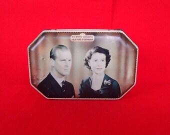 Queen Elizabeth II 1950s Biscuit Tin Celebrating Coronation Vintage