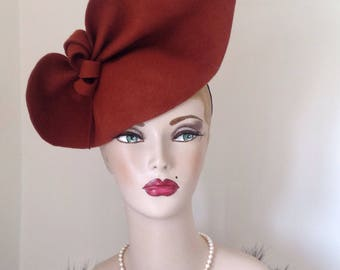 Rust Vintage style 1940s inspired sculptured Felt hat which can be worn 2 ways