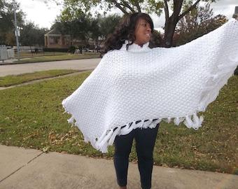 Crochet Poncho: Turtleneck Poncho-White