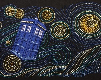 Starry TARDIS machine embroidery design 5x7