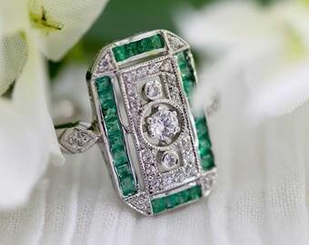 Green emerald art deco ring - Art deco jewelery / 1920's jewelery / green emerald ring / diamond ring / vintage ring / neo victorian