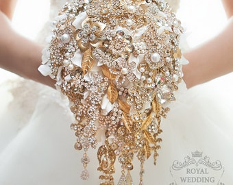 Brooch Bouquet Wedding Bouquet Bridal Bouquet Bridesmaids Bouquet Jewelry Bouquet Hydrangea Bouquet Cascading Bouquet Gold and White Bouquet